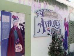 Jennifer & Co mural & sign